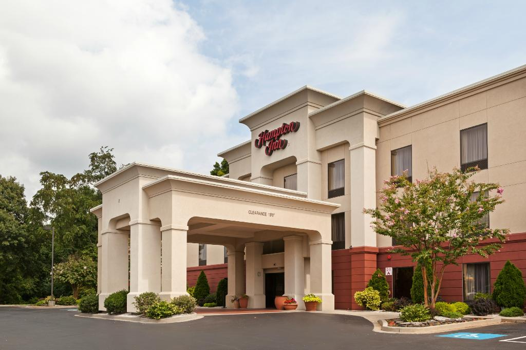 ‪Hampton Inn Elkton‬