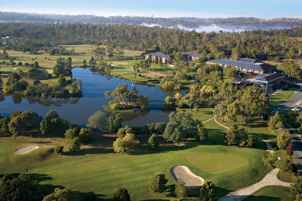 ‪Country Club Tasmania‬