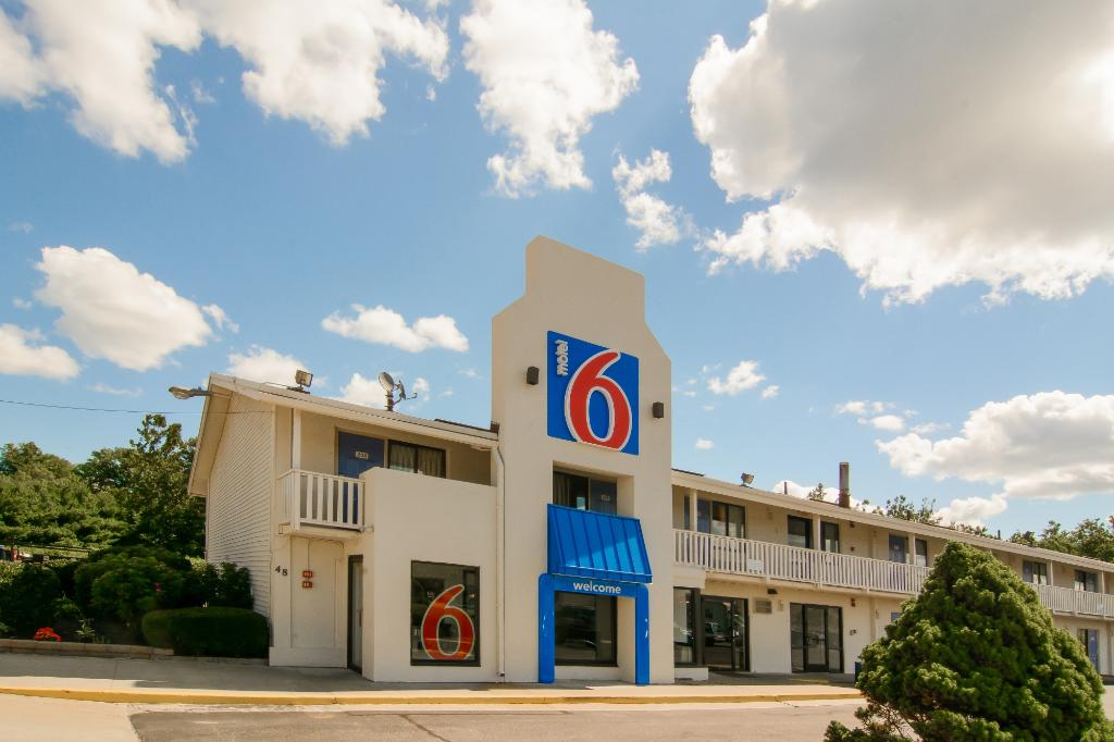 ‪Motel 6 Leominster‬