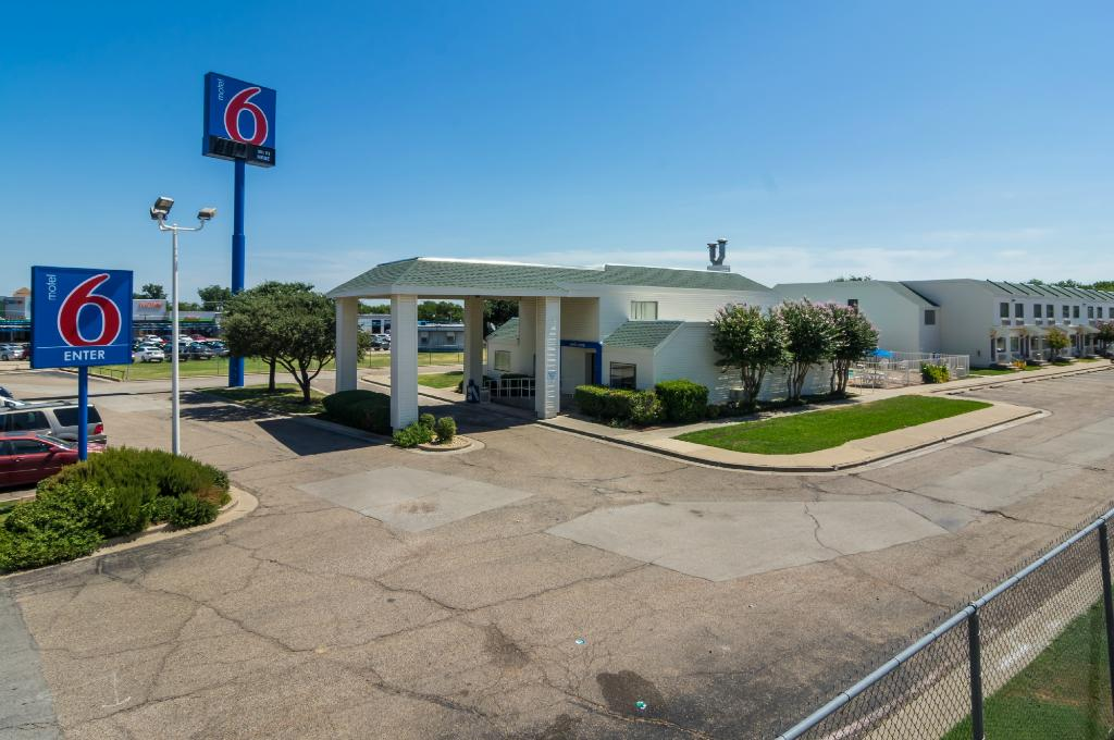 ‪Motel 6 Waco South‬