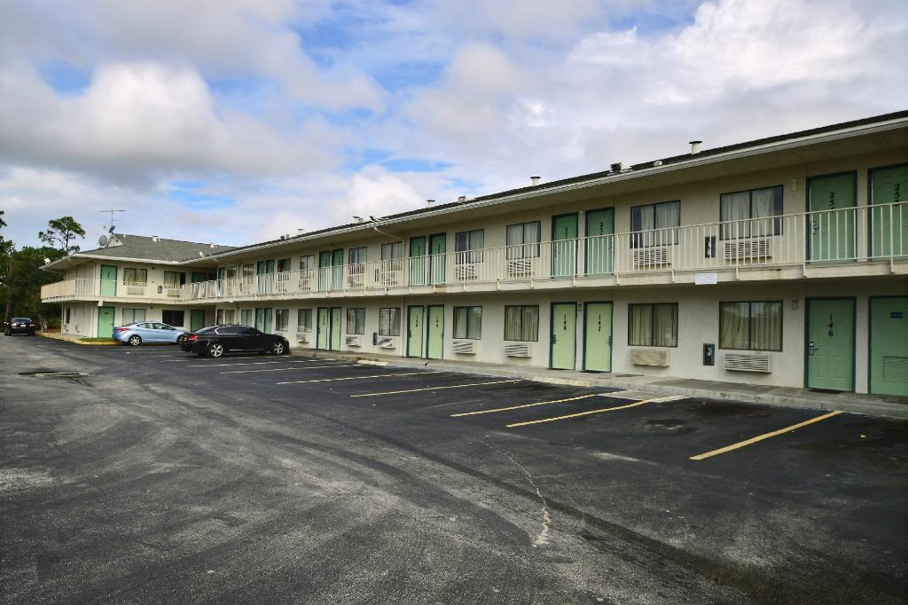 ‪Motel 6 Fort Pierce‬
