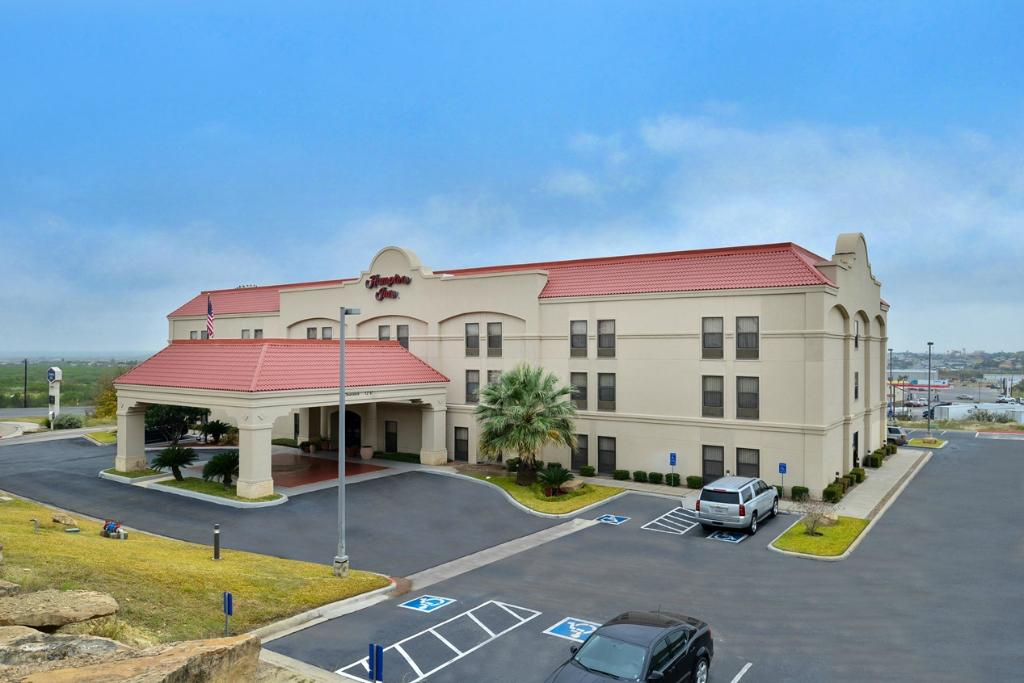Hampton Inn Eagle Pass