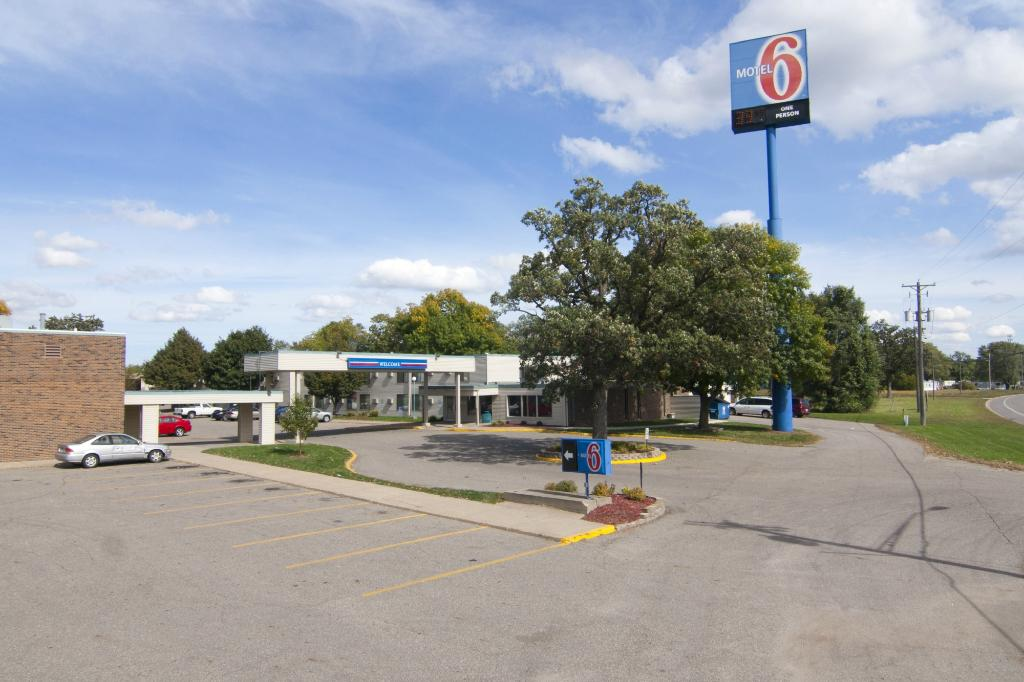 Motel 6 St Cloud - I-94 Waite Park