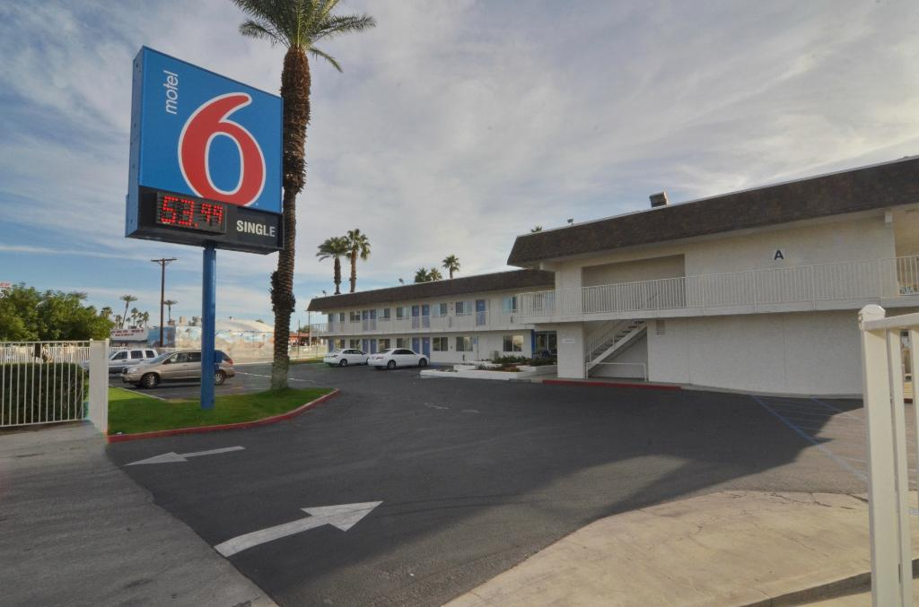 ‪Motel 6 Indio- Palm Spring Area‬