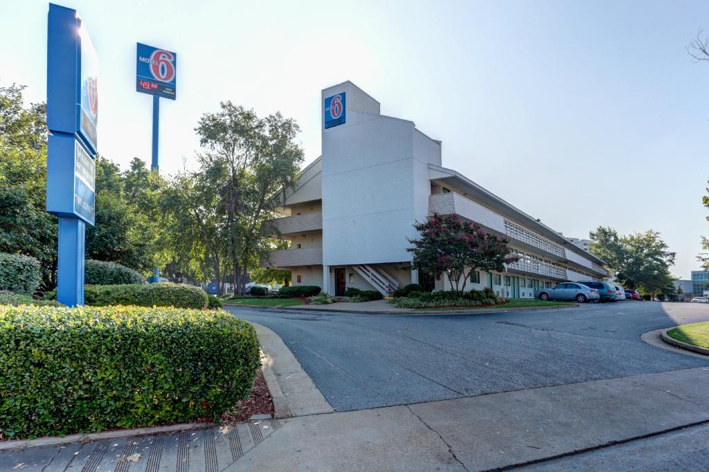 Motel 6 Memphis Downtown