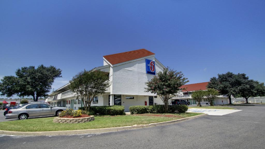 ‪Motel 6 Shreveport‬