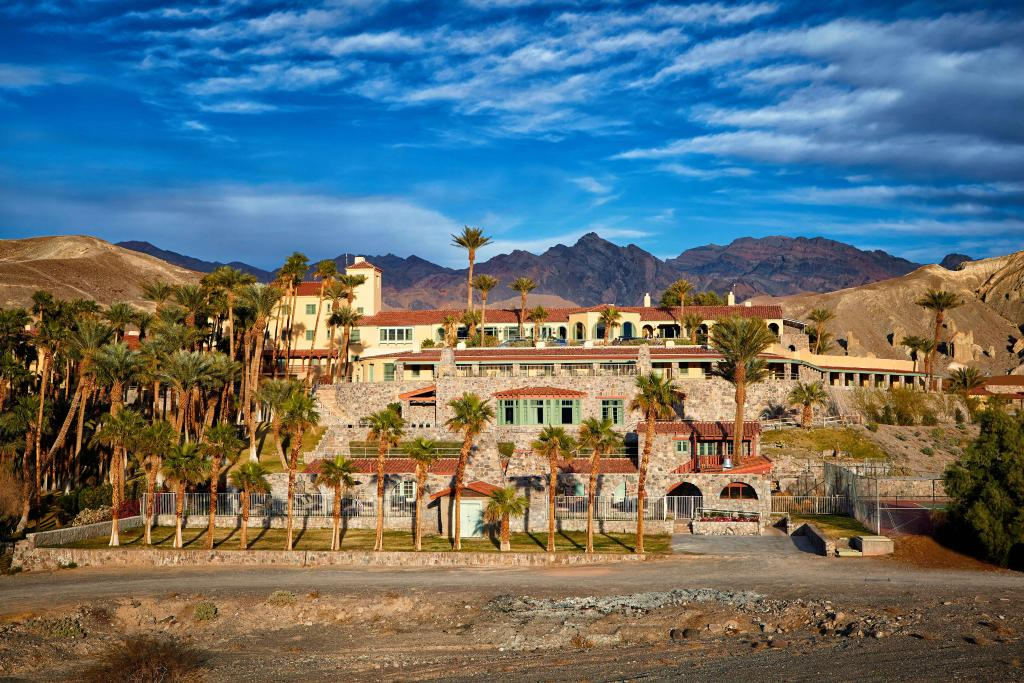 Furnace Creek Inn and