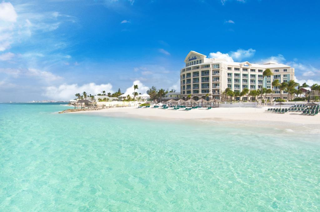 ‪Sandals Royal Bahamian Spa Resort & Offshore Island‬