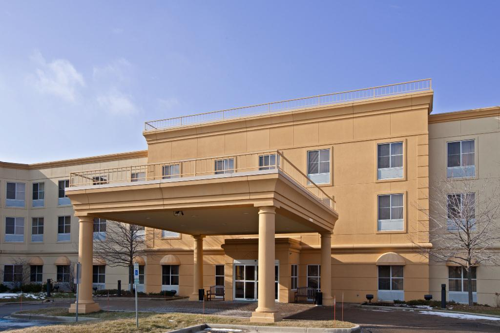 ‪La Quinta Inn & Suites Chicago North Shore‬