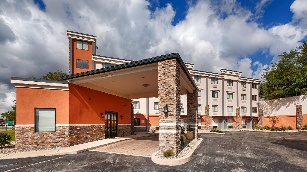 BEST WESTERN University Inn at Valparaiso
