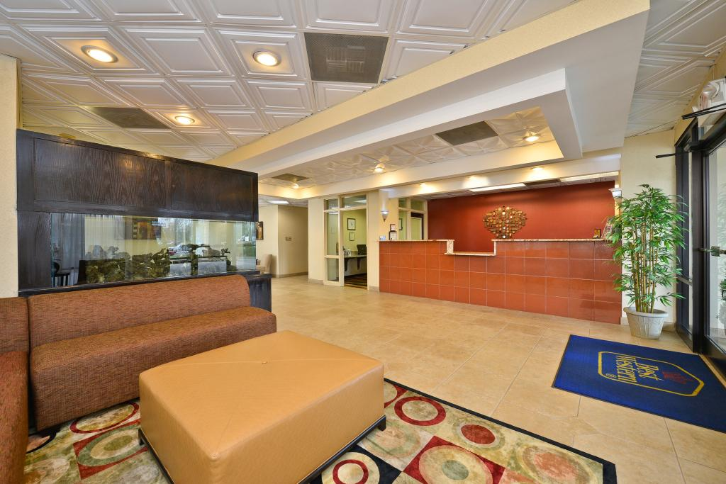 BEST WESTERN Knoxville Suites