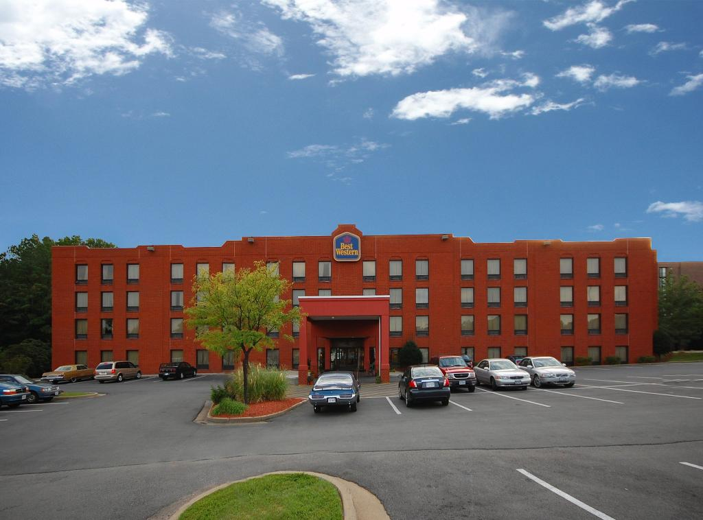 BEST WESTERN Executive Hotel