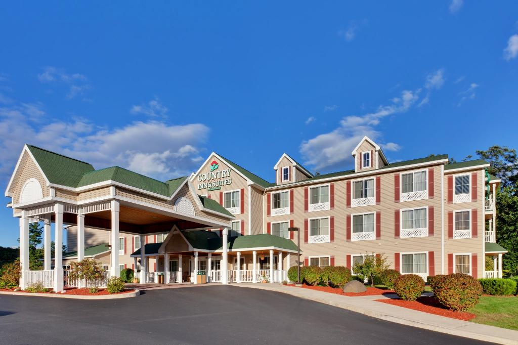 Country Inn & Suites By Carlson, Lake George (Queensbury), NY