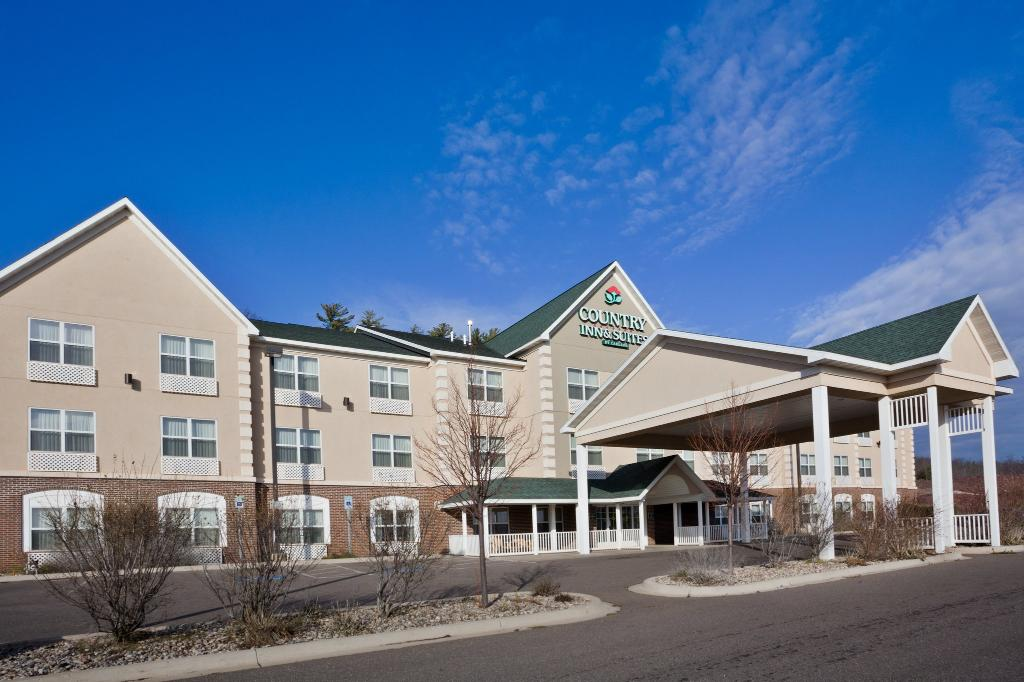 Country Inn & Suites By Carlson, Iron Mountain