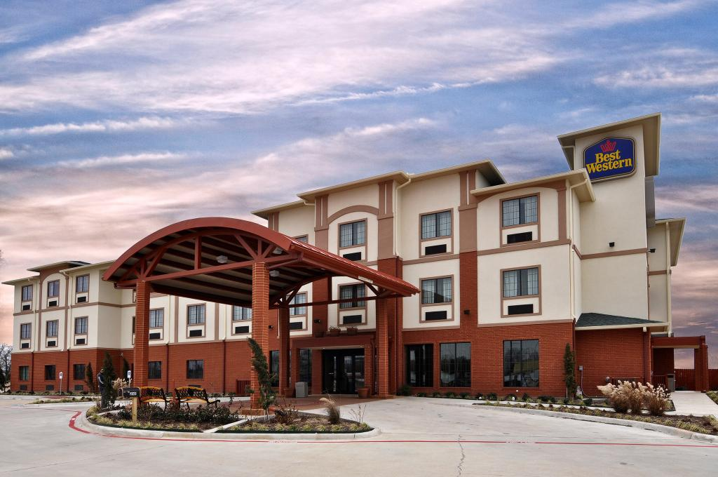 ‪BEST WESTERN Giddings Inn & Suites‬