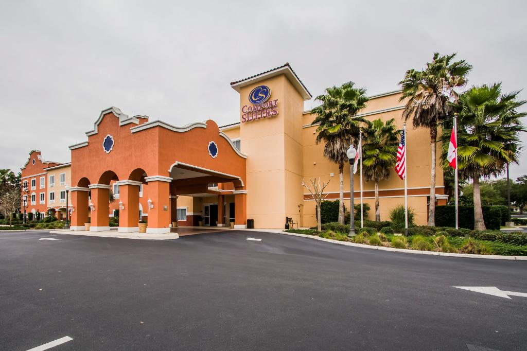 ‪Comfort Suites The Villages‬