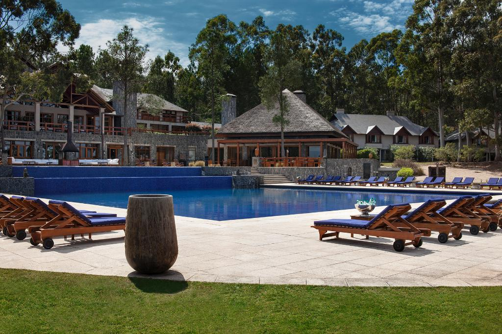 Carmelo Resort & Spa