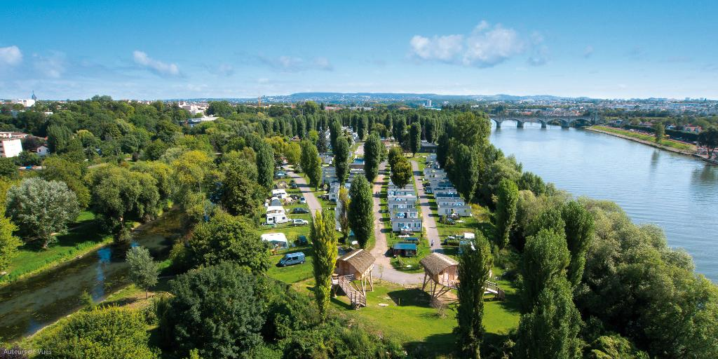 ‪Camping International de Maisons-Laffitte‬