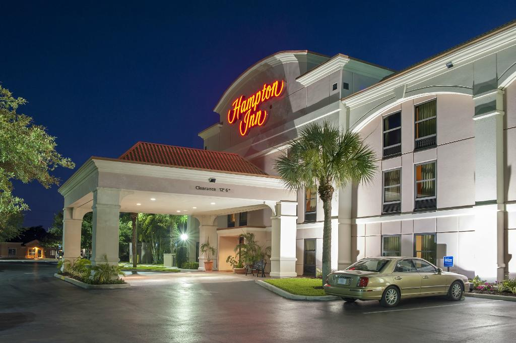 Hampton Inn Bonita Springs / Naples North