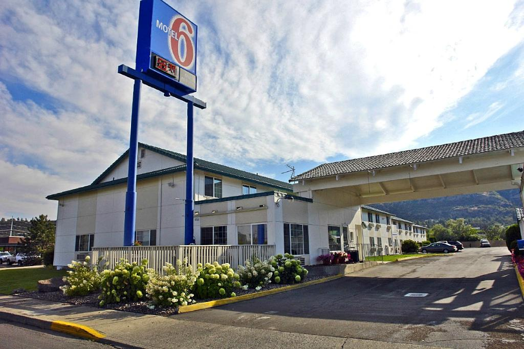 ‪Motel 6 The Dalles‬
