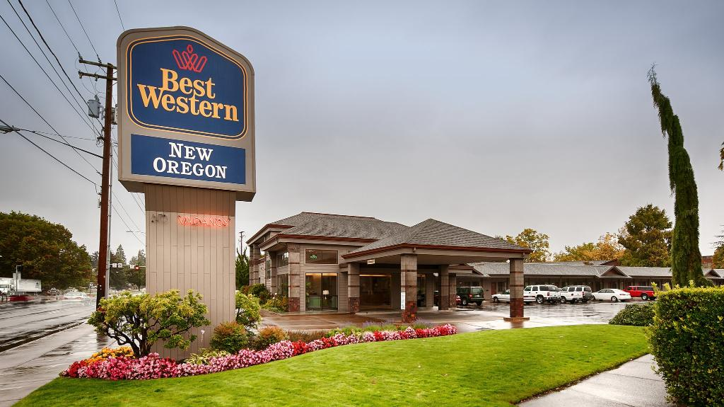 ‪BEST WESTERN New Oregon Motel‬