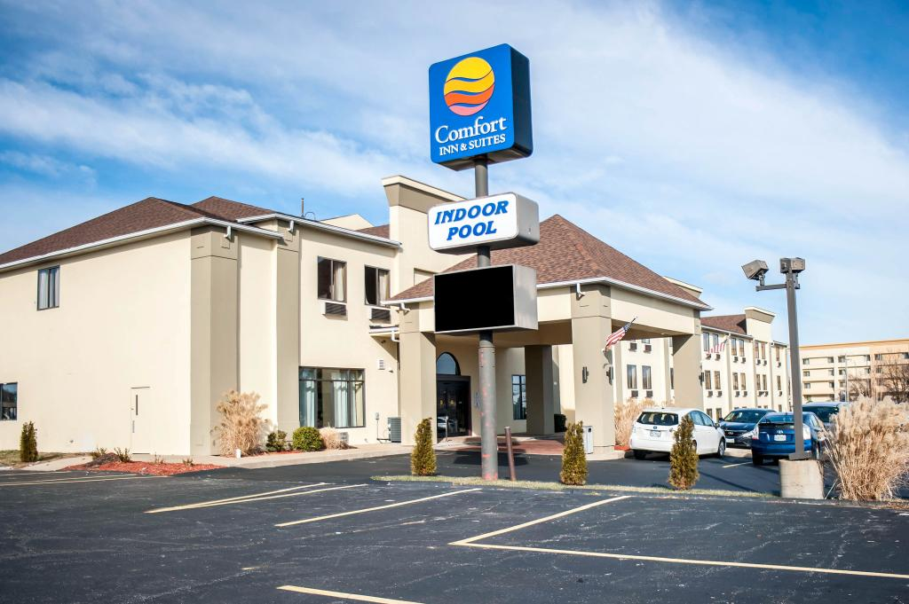 Comfort Inn & Suites Hazelwood