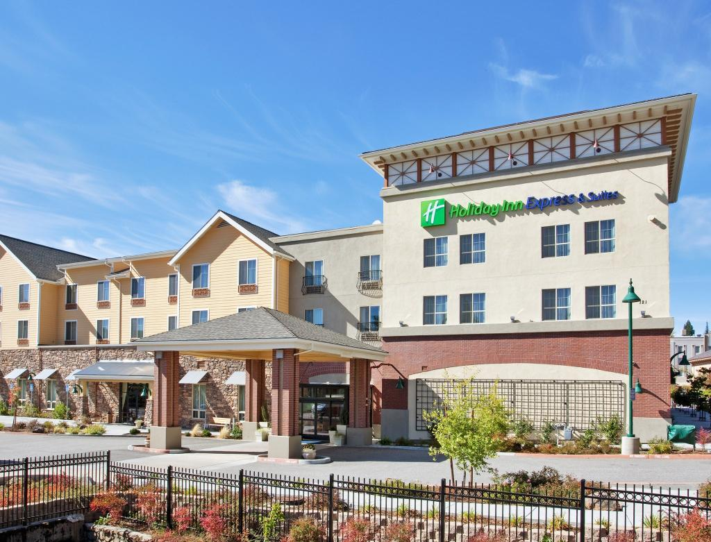 Holiday Inn Express Hotel & Suites Gold Min