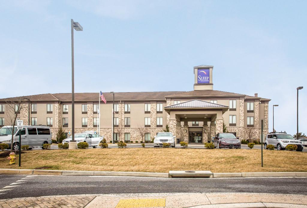 Sleep Inn & Suites Clear Spring