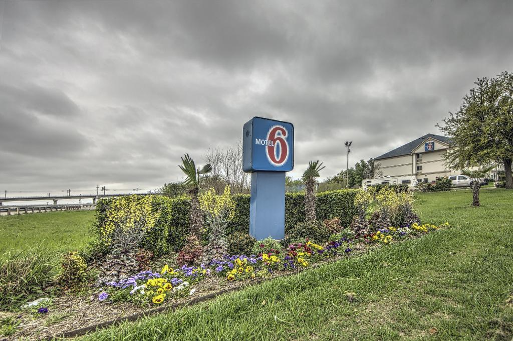 ‪Motel 6 Dallas Northwest‬