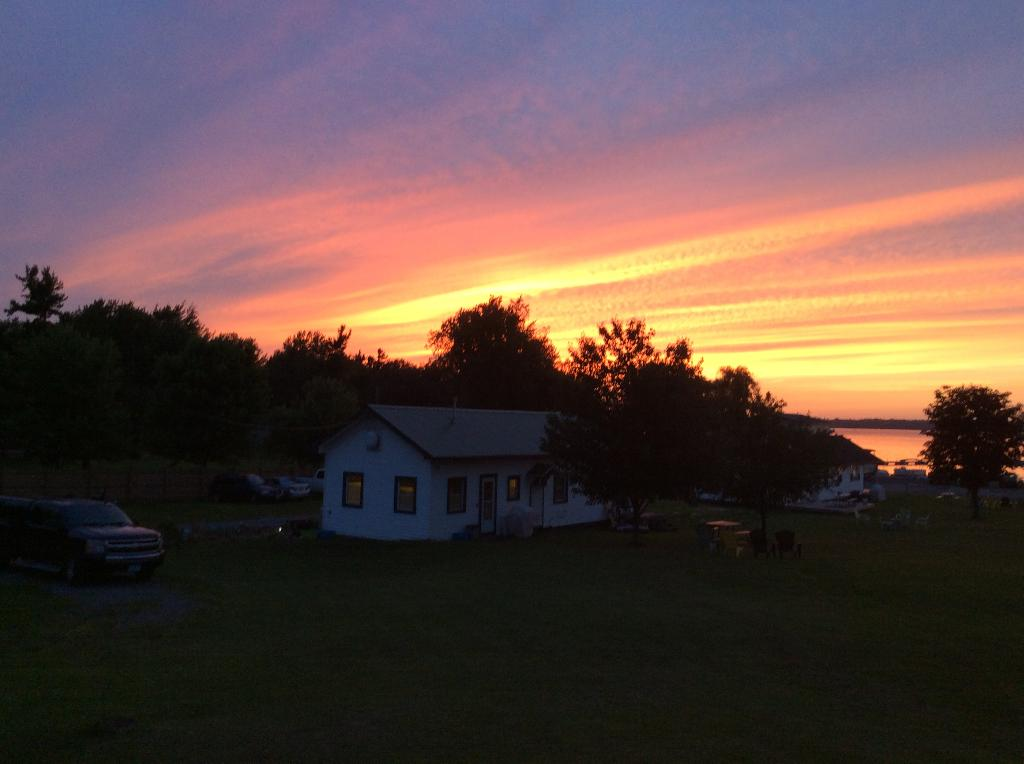 Seaway Slips Waterfront Cottages