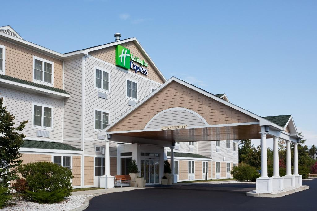 ‪Holiday Inn Express Hotel & Suites Freeport‬