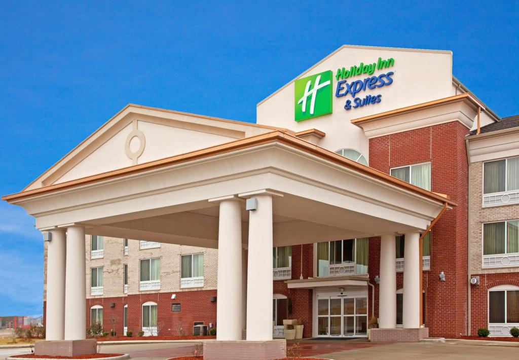Holiday Inn Express Hotel & Suit