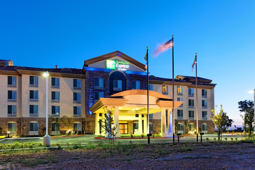 ‪Holiday Inn Express Hotel & Suites Fresno Northwest-Herndon‬