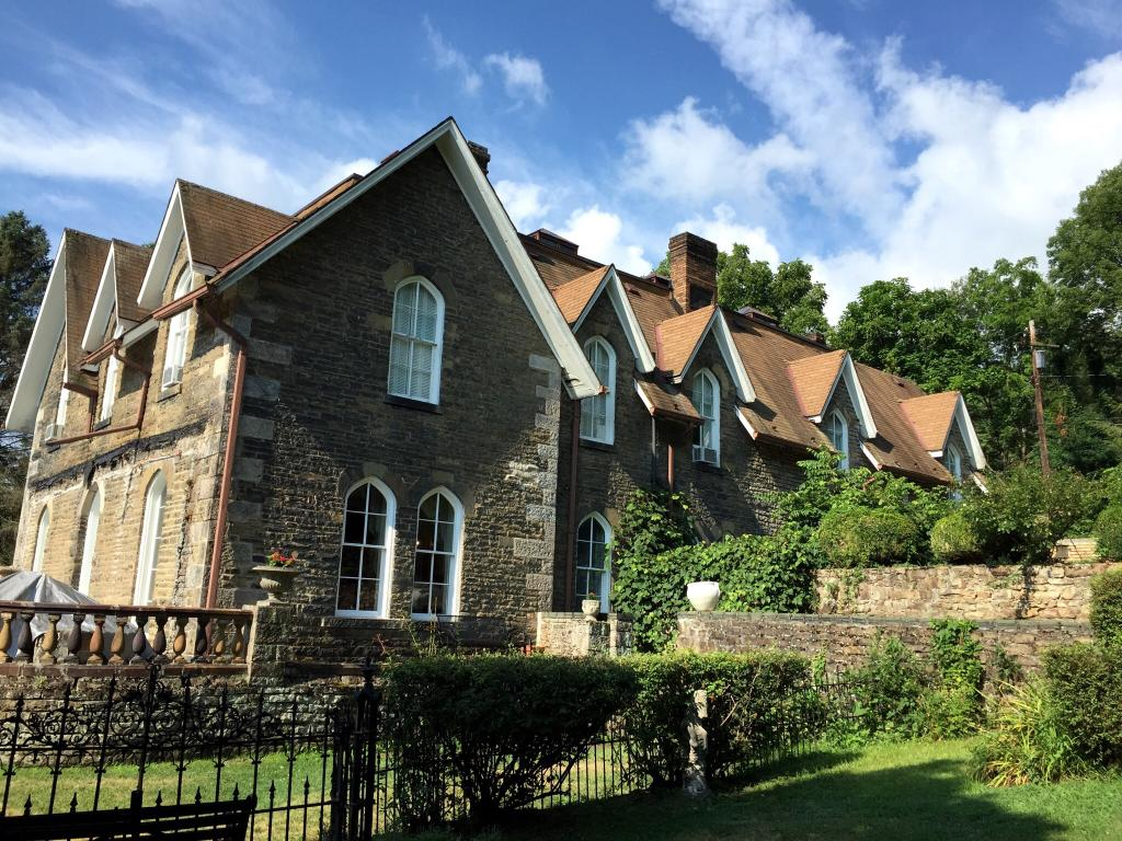The Castle Bed and Breakfast