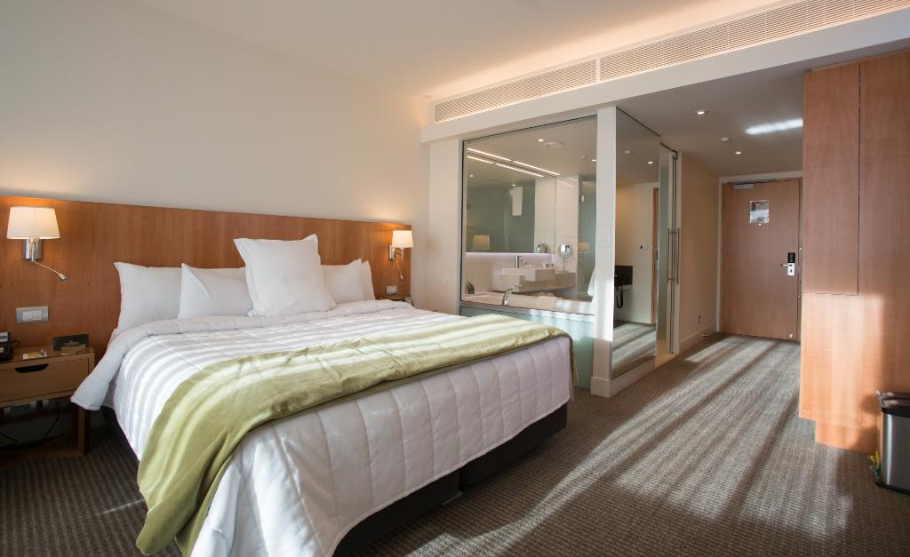 Commodore Airport Hotel, Christchurch