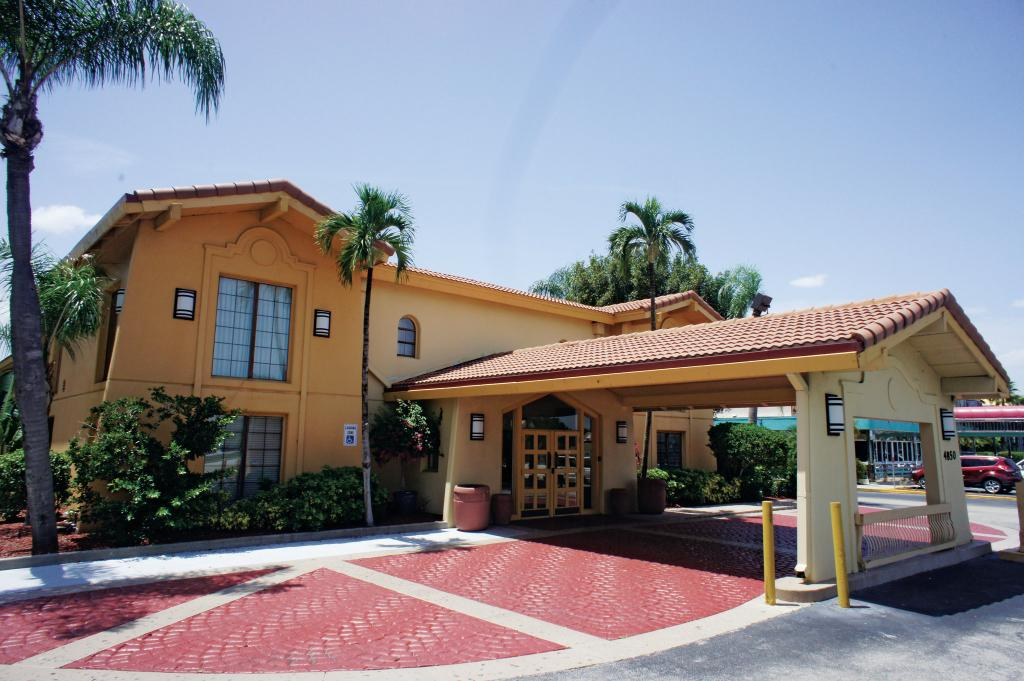 ‪La Quinta Inn Fort Myers Central‬