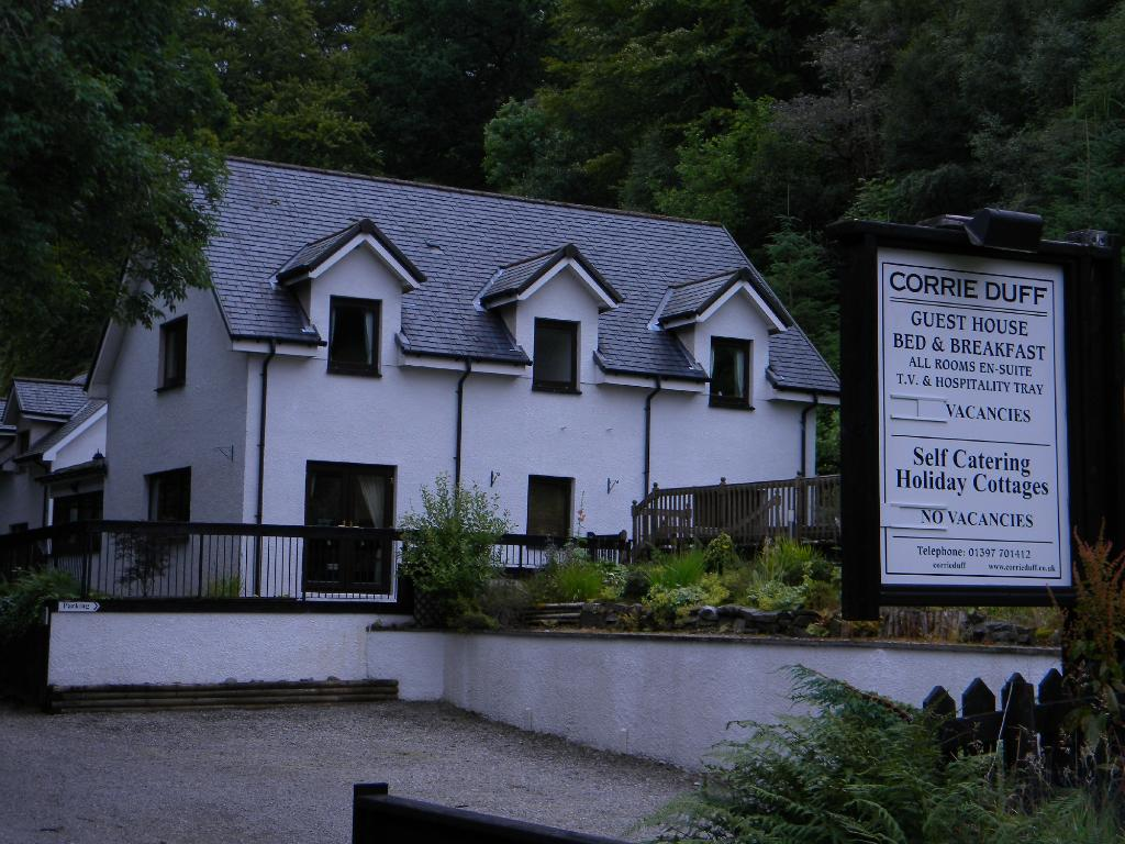 Corrie Duff Guest House And Holiday Cottages