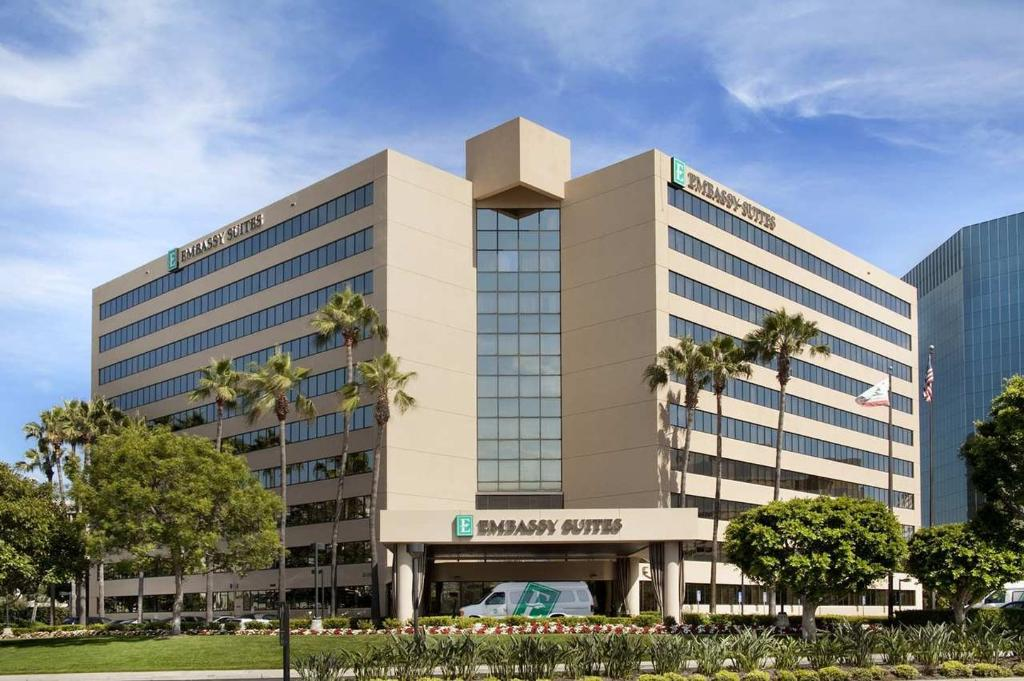 Embassy Suites by Hilton Irvine - Orange County Airport