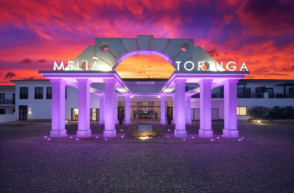 ‪Melia Tortuga Beach Resort & Spa‬
