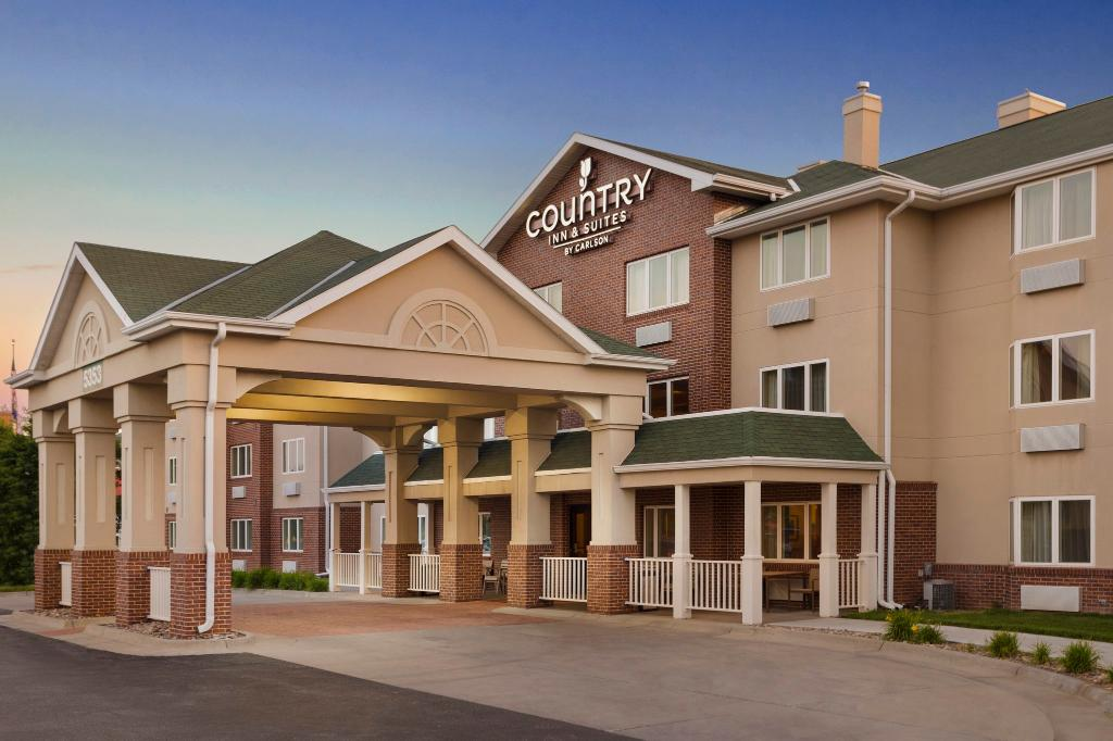 ‪Country Inn & Suites By Carlson, Lincoln North Hotel and Conference Center‬
