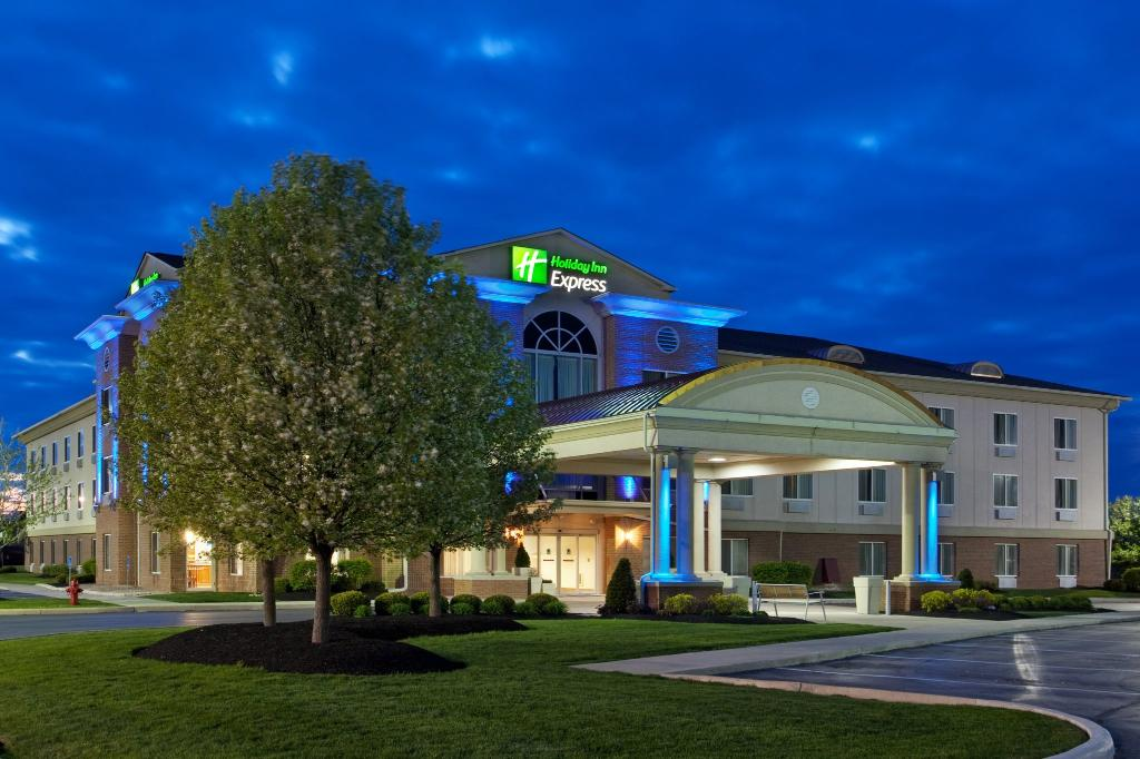 ‪Holiday Inn Express Hotel & Suites Marion‬