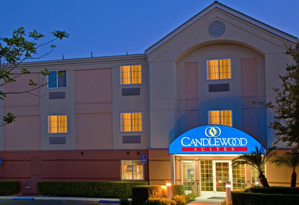 Candlewood Suites Orange County/ Irvin