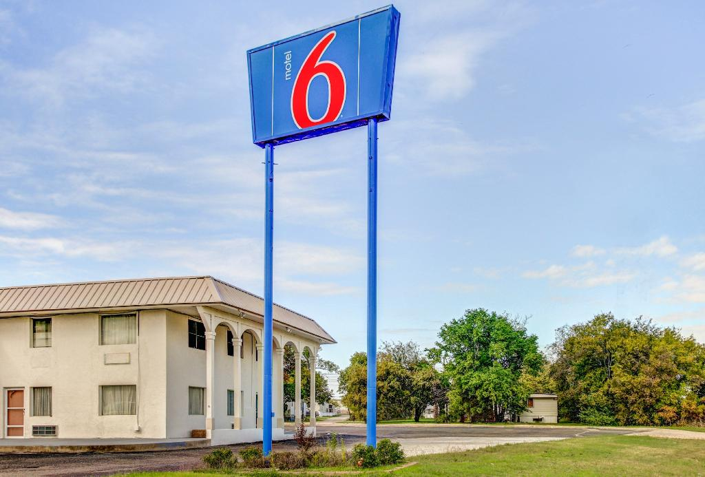 Motel 6 Waco Lacey Lakeview