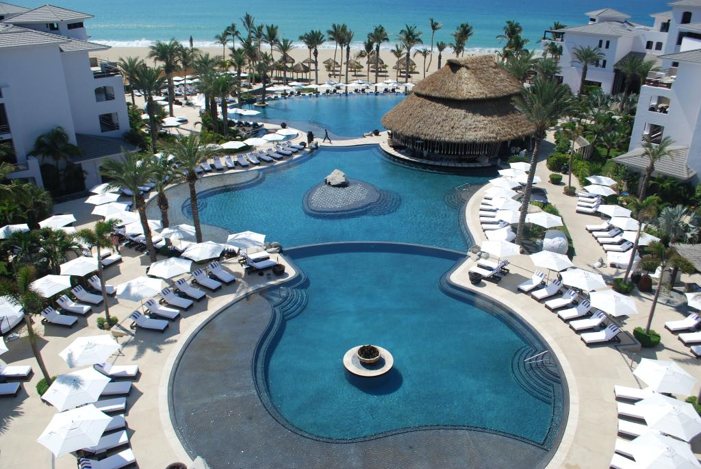 Cabo Azul Resort