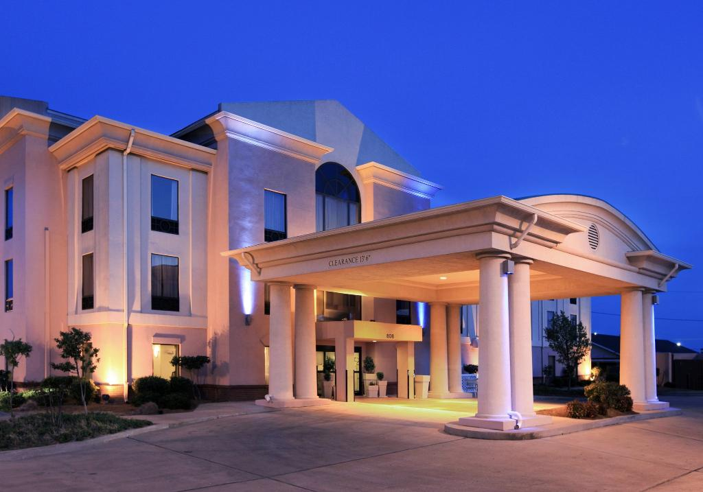 Holiday Inn Express Hotel & Suites - Cleveland