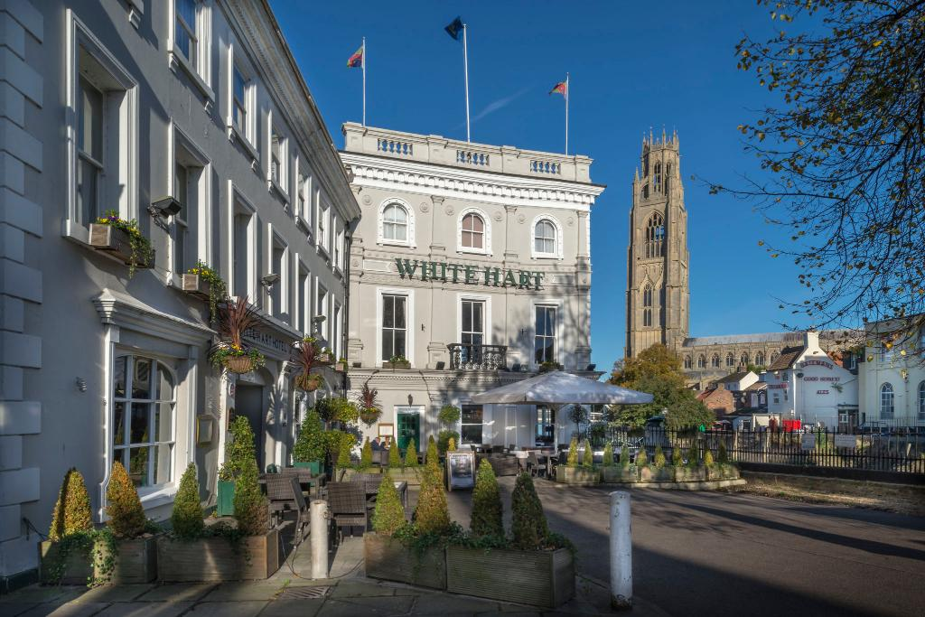 The White Hart Hotel, Eatery & Coffee House
