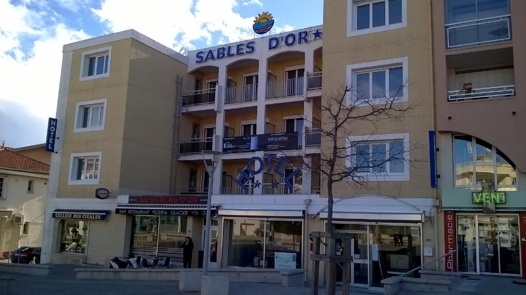 Hotel Sables D'or