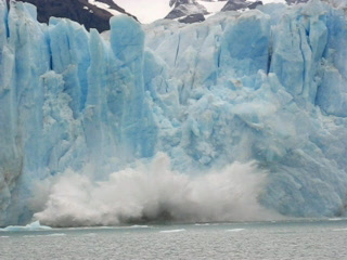 Ice breaking off Perito Moreno