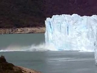 El Calafate, Arjantin: Moreno Glacier Breaking