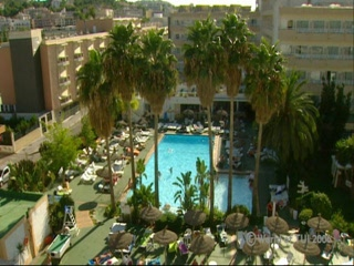 Thomson.co.uk video of the PIONERO/SANTA PONSA PARK in SANTA PONSA, Majorca